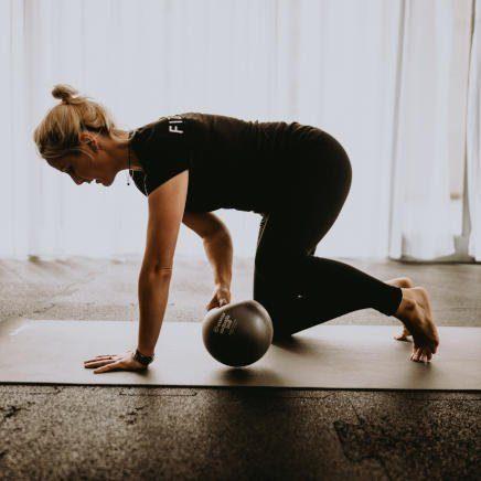 Indywidualny trening pilatesu